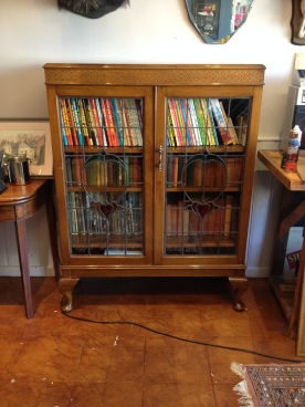 superb oak leaded light bookcase £180