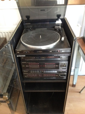 turntable, tuner, twin tape, amp and matching speakers - all working £145