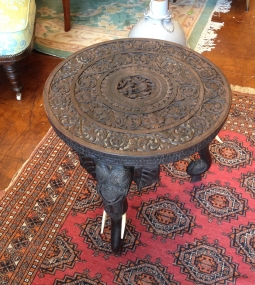 stunning side table - raised on carved legs - £250