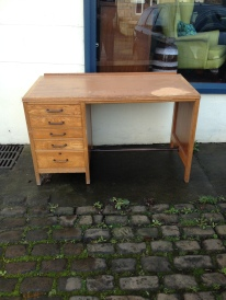Nice neat useful work station - home office or fly tying - £90