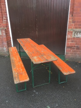 – seats up to 10 – original paint Folding and practical – all solid and robust – great for social occasions £225 - looks great